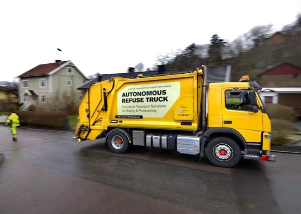 Volvo начала испытания беспилотных мусоровозов