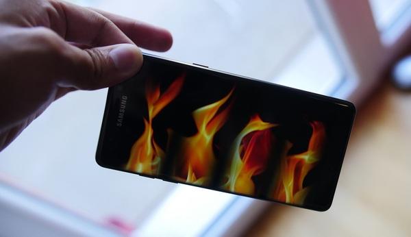 Samsung подведет итоги расследования взрывов Note 7 в этом месяце