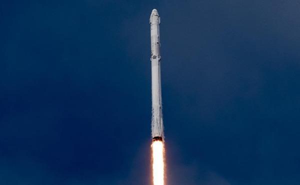 SpaceX успешно совершила первый в истории повторный запуск корабля Dragon