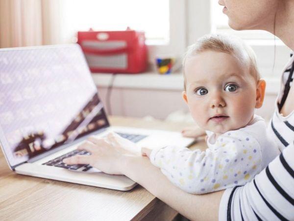 Украинцы смогут получать пособие на ребёнка через интернет