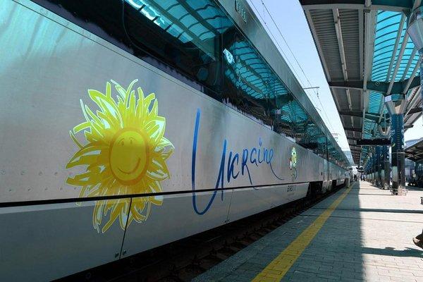 Более трети билетов на поезда в Украине продаются онлайн