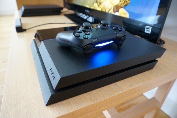 Продажи консолей Sony PlayStation 4 бьют рекорды