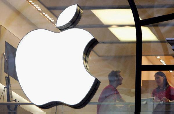 Apple призывает американские власти пересмотреть законы в отношении робомобилей