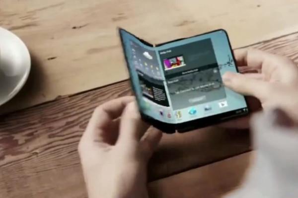 Samsung запустил экспериментальное производство складных смартфонов