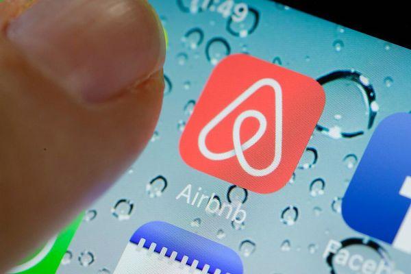 Airbnb подал в суд на власти из-за ужесточения закона о сдаче жилья через интернет