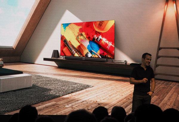 Xiaomi представил 65-дюймовый телевизор толщиной менее половины сантиметра