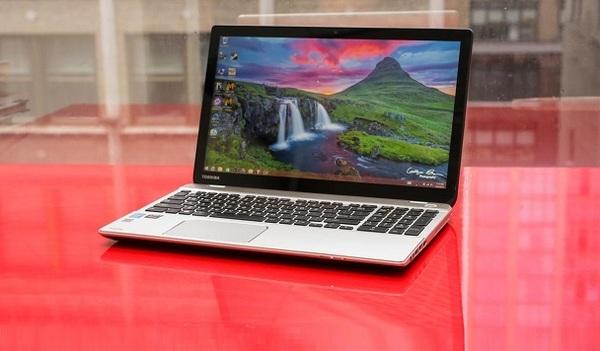 Toshiba отзывает более 100 тысяч ноутбуков из-за проблем с аккумуляторами