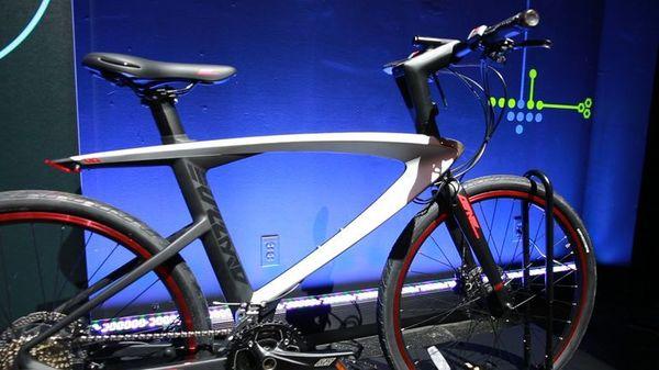 LeEco представил два смарт-велосипеда