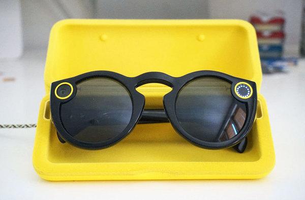 Snapchat начал продажи свои смарт-очков