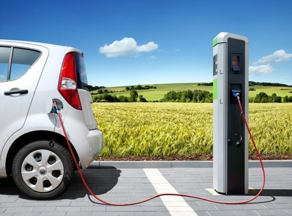 Европа и Китай гораздо быстрее переходят на электромобили, нежели США