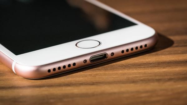 Названы самые популярные смартфоны мира в первой половине года