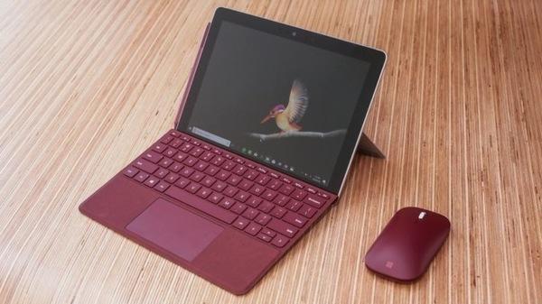 Microsoft представил планшет Surface Go