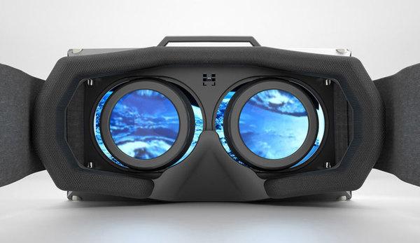 Samsung показал новый шлем виртуальной реальности, работающий без смартфона