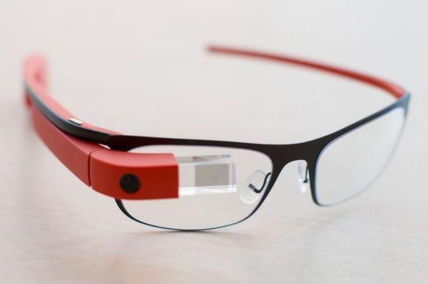 Amazon создает смарт-очки с интеграцией голосового ассистента