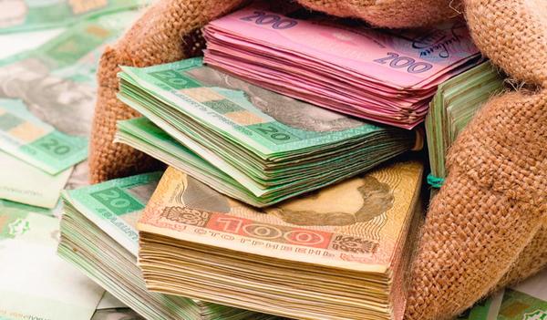 Украинцы стали чаще влезать в кредиты