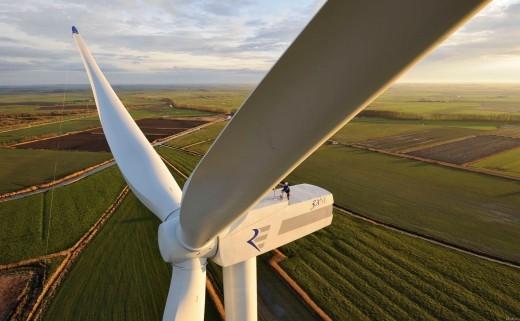 В 2017 году в Херсонской области построят 9 солнечных и 5 ветроэлектростанций