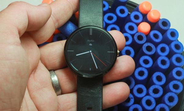 Motorola ушла с рынка «умных» часов