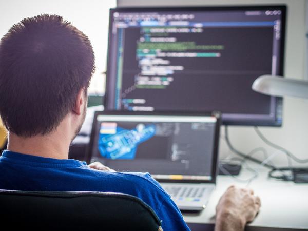 Как растет зарплата украинских IT-специалистов с опытом работы