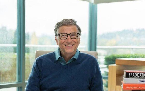 Билл Гейтс рассказал, что считает Apple потрясающей компанией