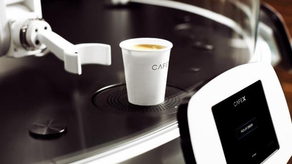 В Сан-Франциско открыли роботизированную мини-кофейню