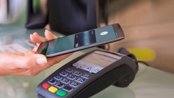 Google готовит к запуску в Украине сервис Android Pay для бесконтактной оплаты со смартфонов