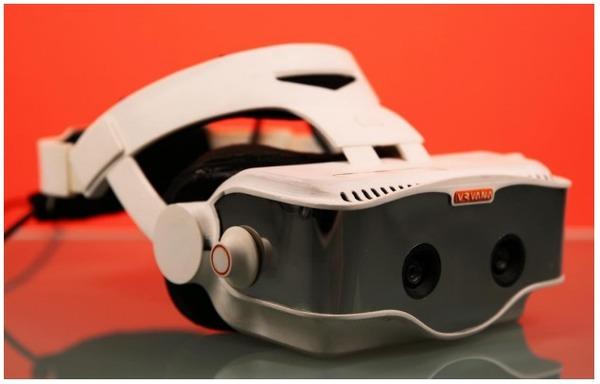 Apple приобрела производителя шлема дополненной реальности за $30 млн