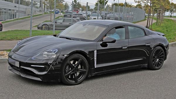 Porsche обкатывает электромобиль Mission E