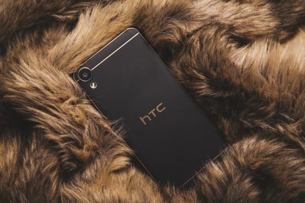 Продажи гаджетов HTC упали на 68%