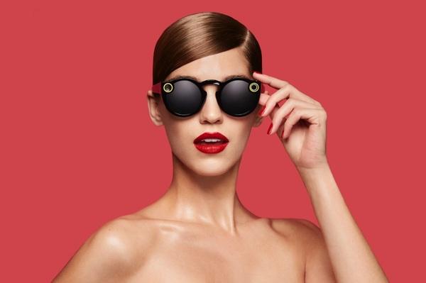 Snapchat представил собственные очки со встроенной камерой