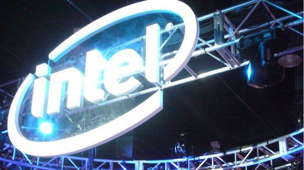 Intel намерен выпустить фирменный изогнутый планшет