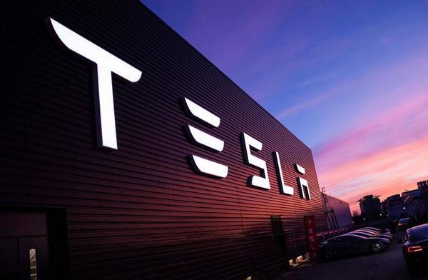Хакеры использовали облако Tesla для майнинга