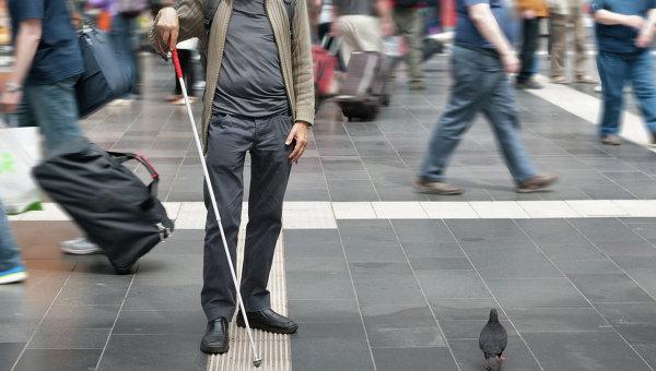Новое приложение Microsoft помогает слепым перемещаться по улицам города