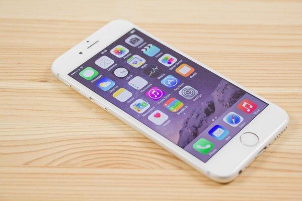 В Украине стартовали продажи возрожденного iPhone 6 2017 года