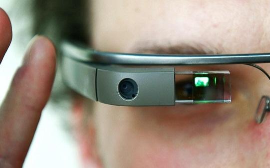 Apple разрабатывает собственный аналог Google Glass