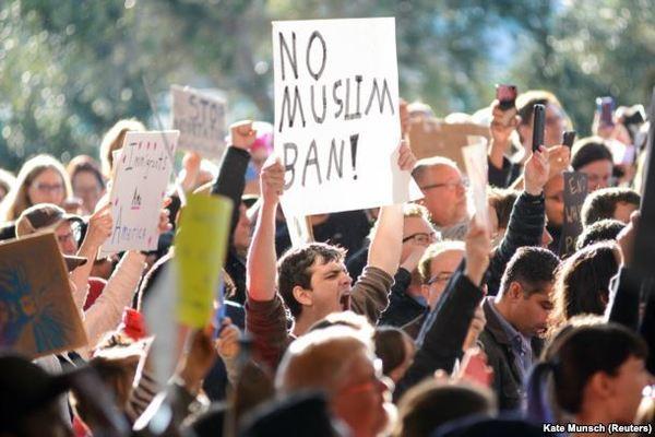 Американская технологическая отрасль объединилась в борьбе против миграционной политики Трампа