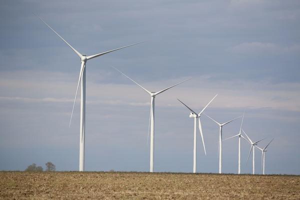 В Херсонской области запустили первую очередь новой 70-ти мегаваттной ветроэлектростанции
