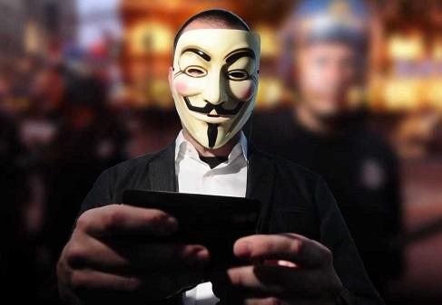 Украинский хакер воровал игровые артефакты у форумчан Steam
