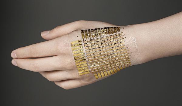 Ультратонкая технология E-skin позволяет выводить информацию на кожу