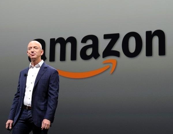 Основатели Facebook и Amazon впервые вошли в пятерку самых богатых людей США