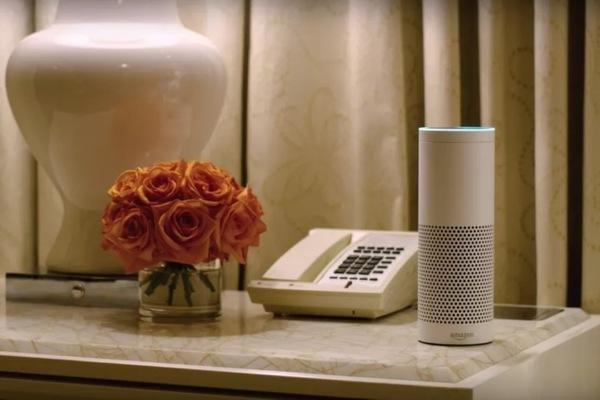 Amazon установит свои «умные» колонки в отелях