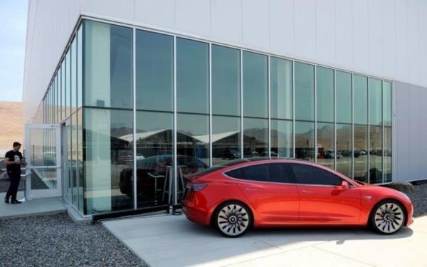 Tesla выпустила 260 автомобилей Model 3 вместо обещанных 1500 в третьем квартале