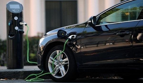 С начала года украинцы купили более 1000 электромобилей