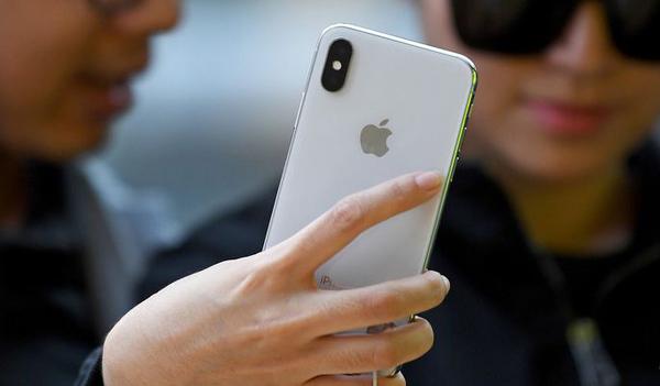 В Китае начали продавать клоны еще не вышедших айфонов