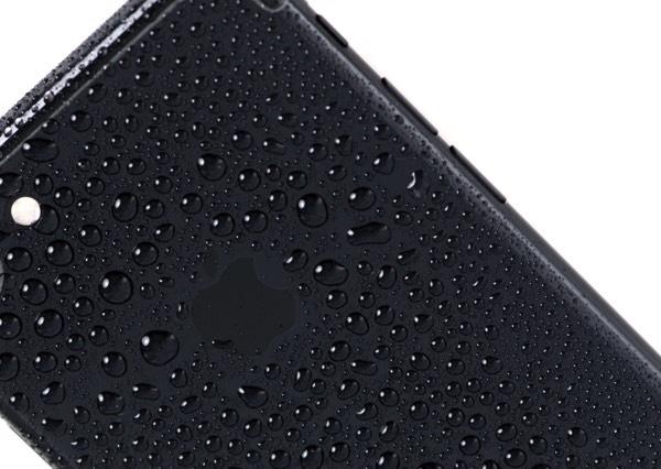 iPhone X станет самым непромокаемым смартфоном Apple