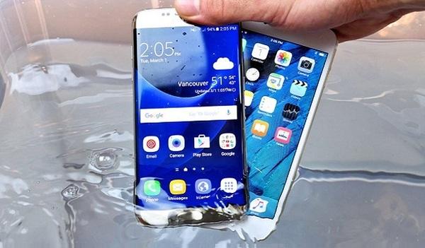 Samsung сделает Galaxy Note 6 водонепроницаемым