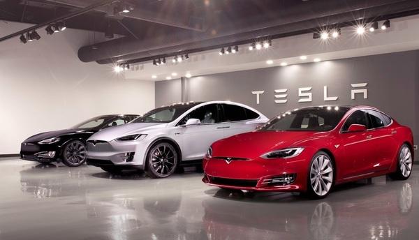 Tesla отгрузила рекордное число электромобилей