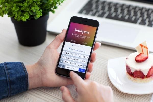 В Instagram теперь можно добавлять к комментариям фото и видео