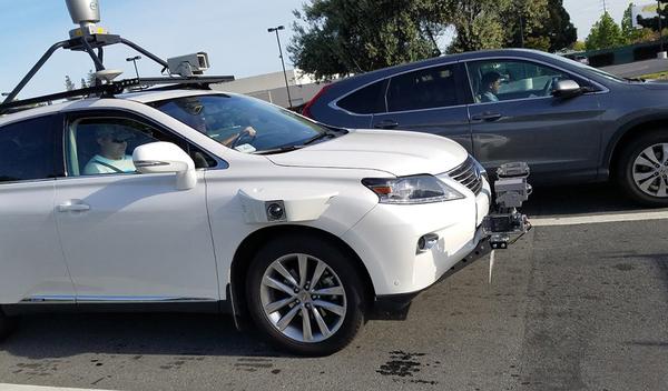 Apple приступила к тестированию беспилотного автомобиля