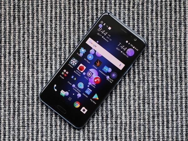 HTC представит до конца года не менее трёх новых смартфонов