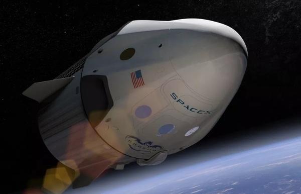 SpaceX отложила запуск своего первого пилотируемого корабля на 2018 год